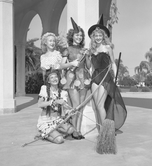Slick_Chicks_Halloween_1947-post