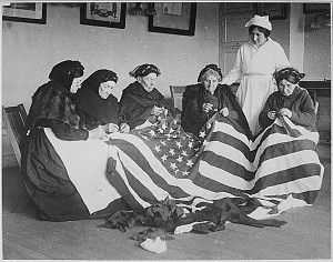 Patriotic_old_women_-_American_Flag