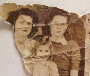 Restoring Ripped Photos