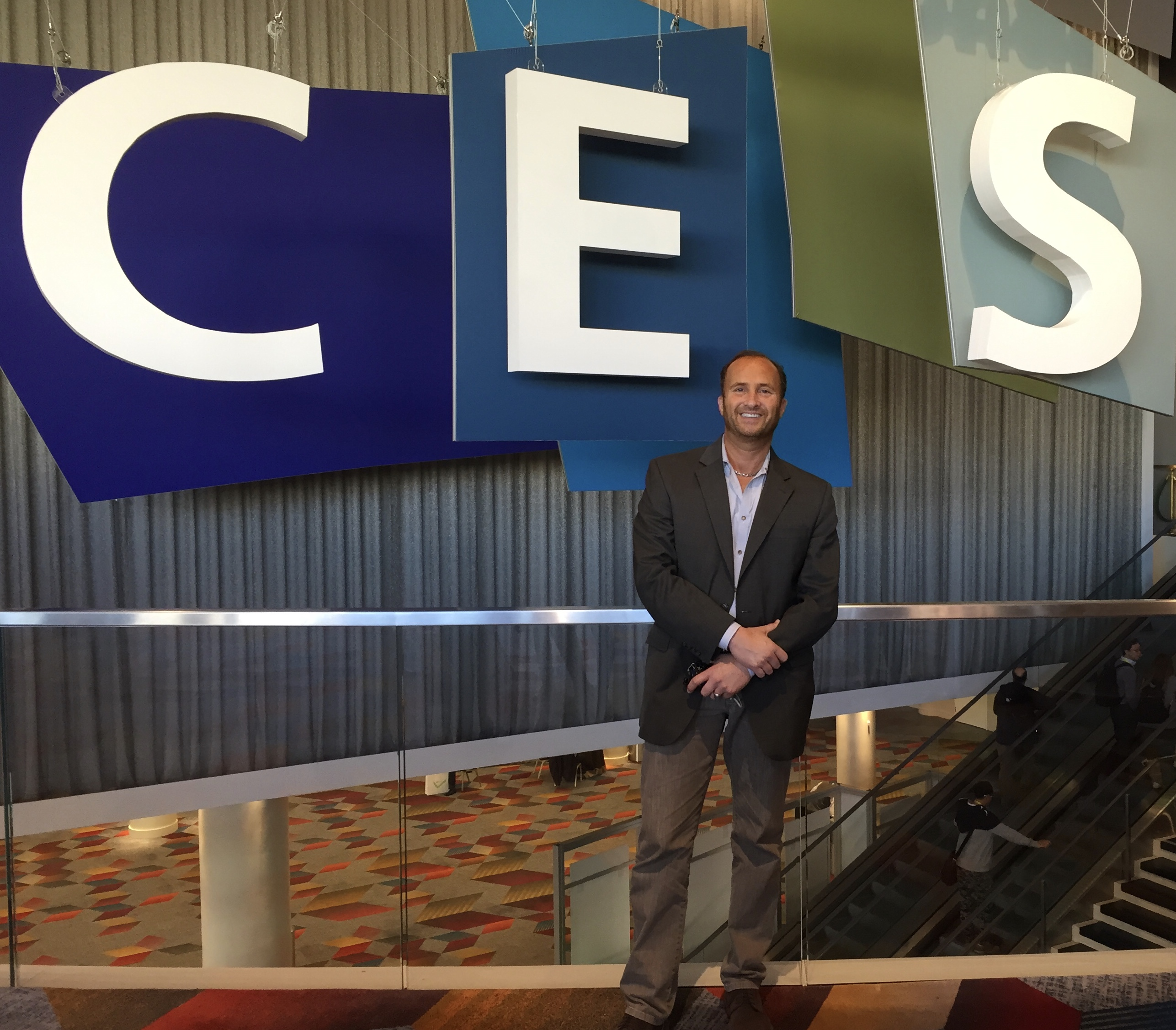 cesMGsign - How Threatening a Boycott of #CES2019 Can End Tariff Trade War