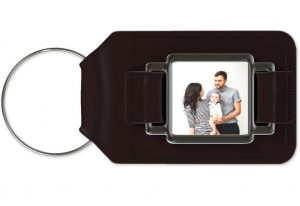 keychain 300x206 - 5 Photo Gifts for Father's Day